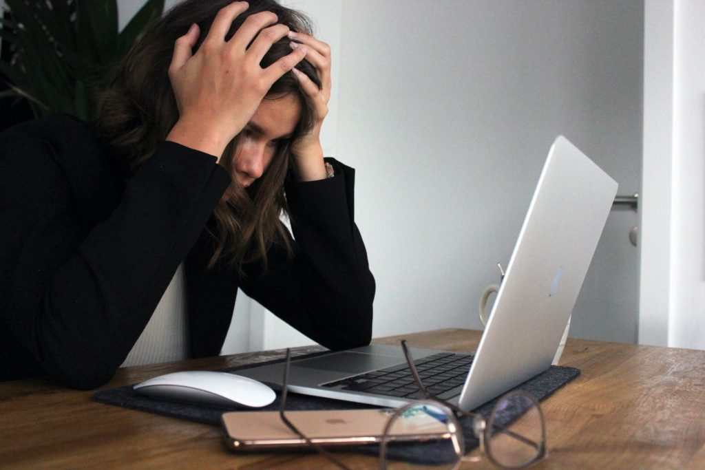 deal-with-bullying-workplace
